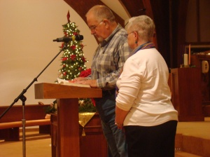 Jerry and Carol Pearson reading Scripture