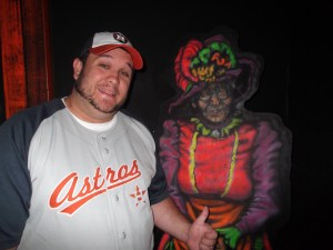 """Paul and the """"creepy lady"""" at Putt-Putt"""
